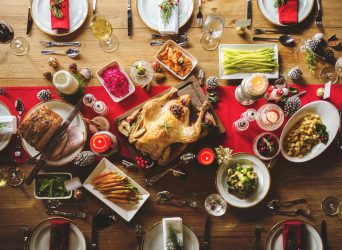 What to Eat at Christmas Without Sending Your Glucose Levels Through the Roof
